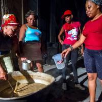 FOTOS DE CHIVATOS Y COLABORADORES DE LA TIRANIA CUBANA EN LAS RE
