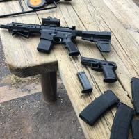 Roanoke va gun traders