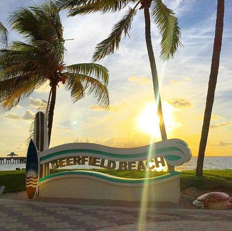 deerfield-beach-boardwalk